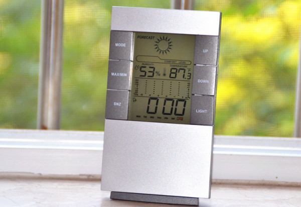 Weather clock alarm