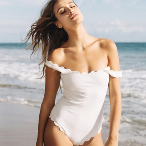 Wavy one-piece swimsuit